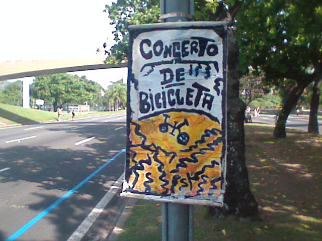 A festa das bicicletas no Aterro do Flamengo, para todos os gostos: concertos e consertos