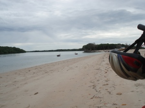Barra do Rio Macapá: a primeira travessia de barco