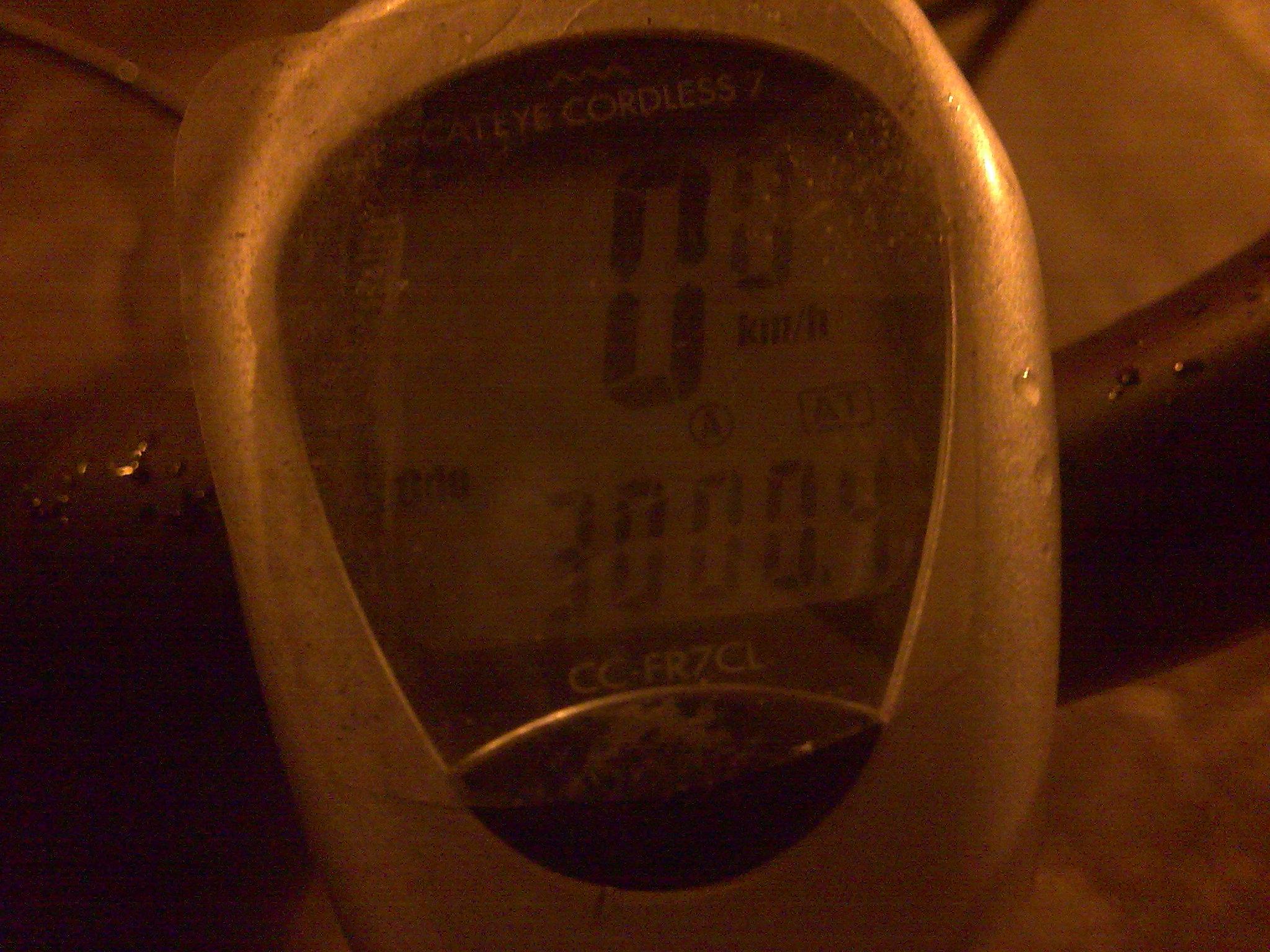 Pedal noturno depois do trabalho: 3000km